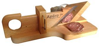 Guillotine à saucisson et saucisse sèche en bois